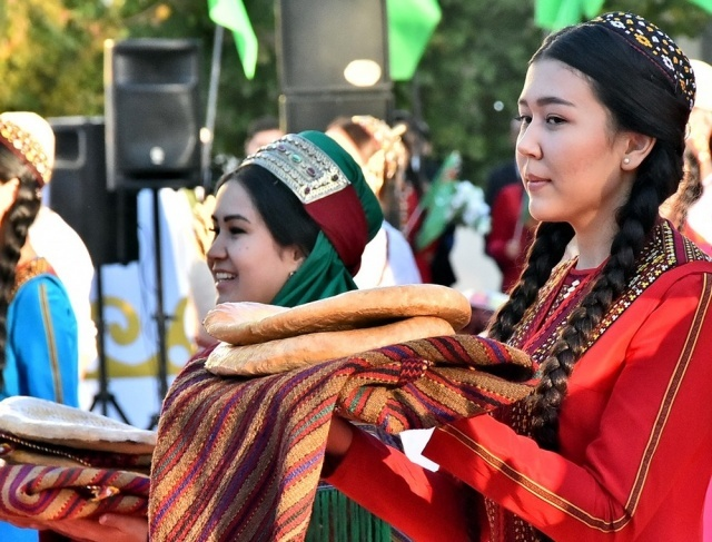 Turkmenistan celebrated the harvest festival, summing up the results of the agricultural year.