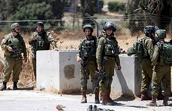 Jewish settlers raid Palestinian village in West Bank