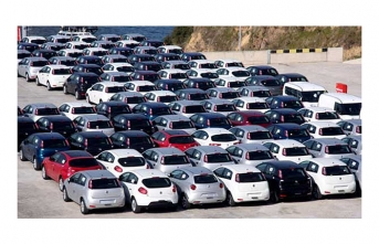96,562 vehicles registered in July