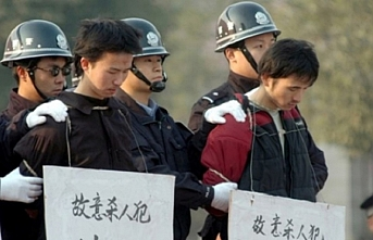 China hits back on Uyghur 're-education camps'