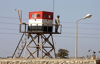 Egypt halts operations at Gaza border crossing