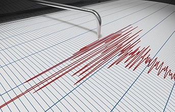 Over 400 injured in Iran's 6.4 earthquake
