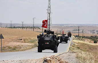 Turkish, US troops begin joint patrols in Manbij, Syria