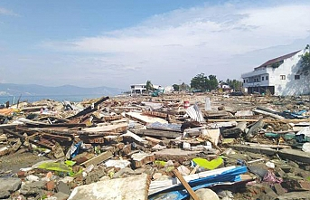 Death toll reaches 1.203 from Indonesia quake, tsunami