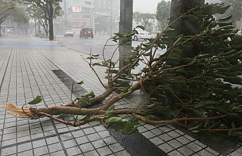 Death toll rises to 4, as Japan striked by strong typhoon
