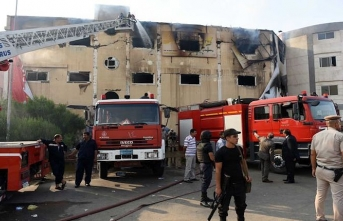 Dozens hurt as fire sweeps through southwestern Egypt