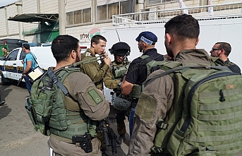 Israel arrests 18 Palestinians in overnight raids