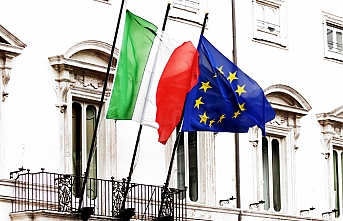 EU warns of eurozone slowdown, Italy deficit jump