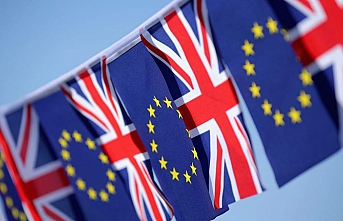 Brexit: British youth lobby MPs for second referendum