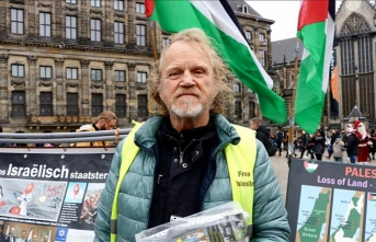 Dutch activist stages solitary protest against Israel