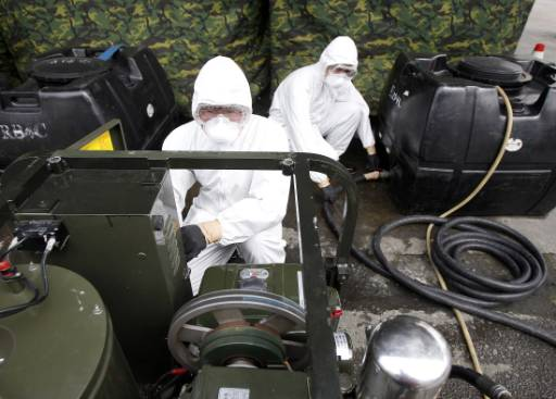 Global nuclear alarm as Japan rushes against time
