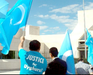 Chinese media vilify Uighurs with ISIL claims