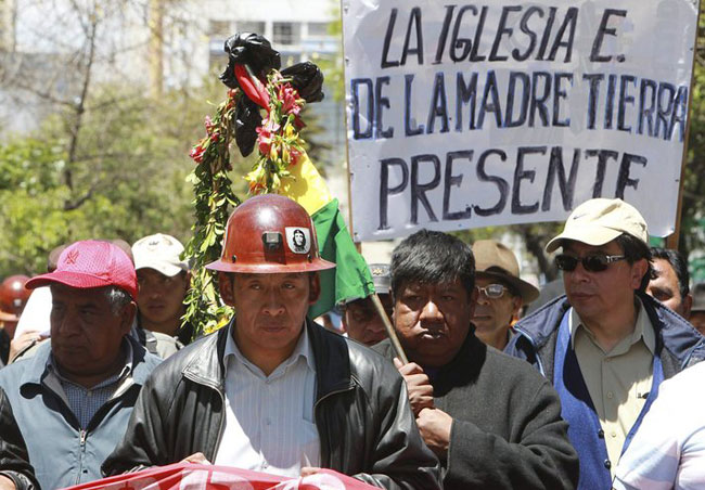Miners' leader accused in death of Bolivian minister