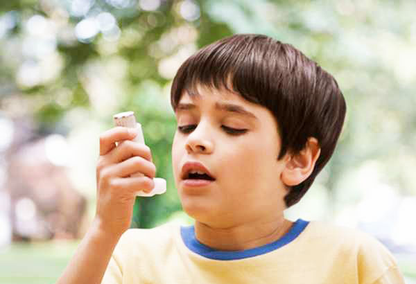Scientific review finds asthma drugs suppress child growth