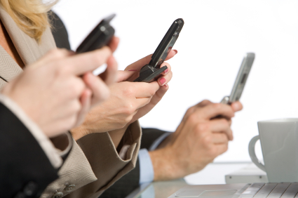 Smartphone-obsessed Finns rank tops in screen time