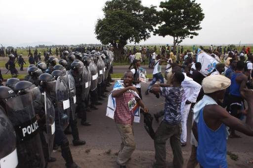Congo police fire tear gas at protesters