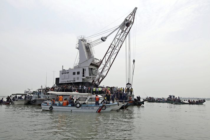 Bangladesh rescuers battle to hunt capsized ferry; 120 missing