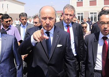 France FM arrives in Algiers