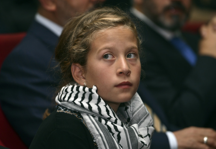 Palestinian girl awarded due to challenging Israeli soldiers