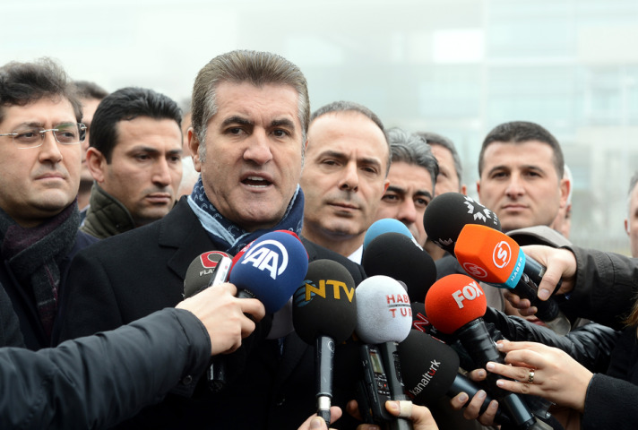 CHP invites popular mayor Sarigul to join party