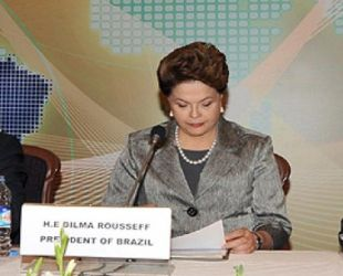 Brazil's Rousseff calls for more transparent Internet