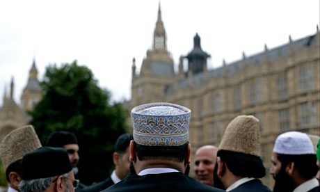 Anti-Muslim crimes up in UK after rise of ISIL