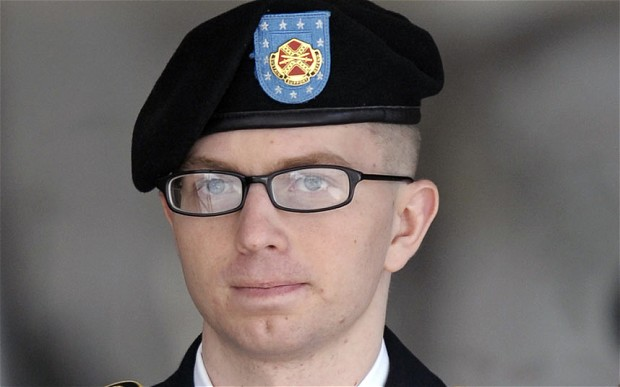U.S. soldier convicted in WikiLeaks case granted name change