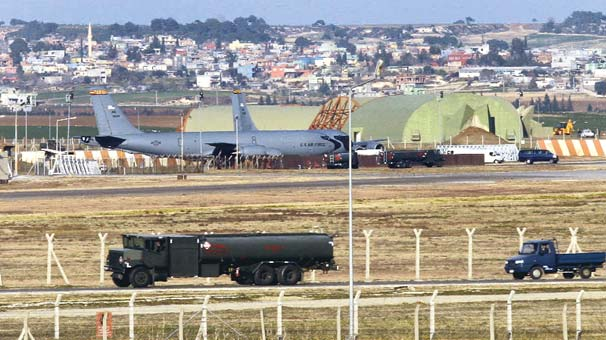 US Air Force chief visits Incirlik Air Base in Turkey