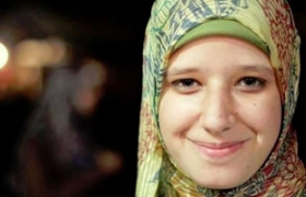 Jailed Brotherhood leader mourns slain daughter