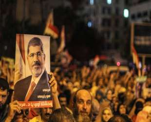 Morsi supporters called for rallies to Cairo airport