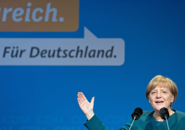 Merkel's conservatives warming to coalition with Greens