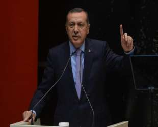 Erdogan will announce 'democracy package' on Monday