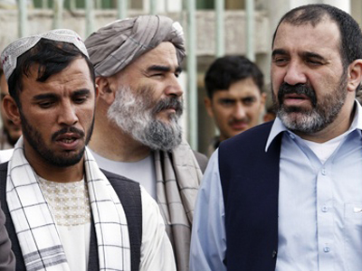 Karzai's brothers to offer him role if elected
