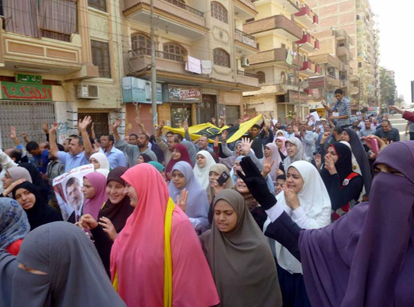 50 female pro-Morsi protesters detained in Egypt