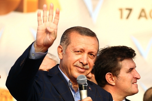 Erdogan to seek Turkish presidency, aide says