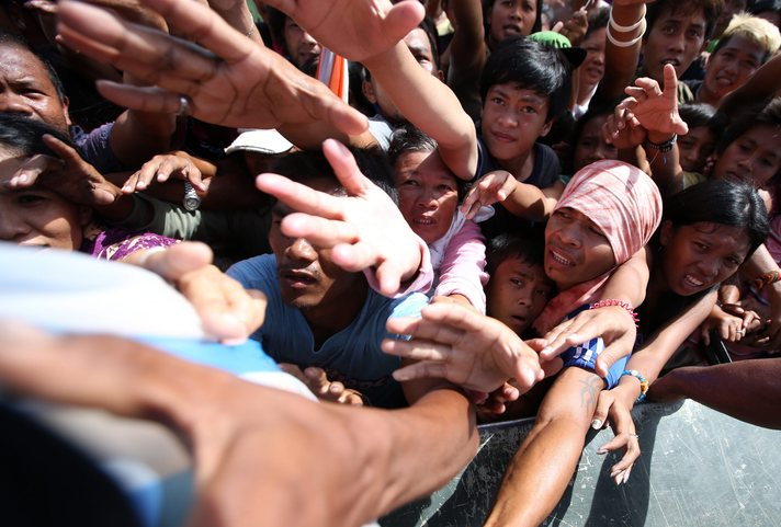 Philippine Muslims protest deaths at evacuation camps