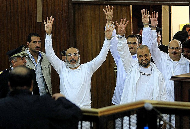 Lawyers for Morsi, Brotherhood leaders plan to withdraw