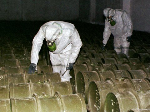 'Terrorist groups' seized Iraq chemical weapons depot