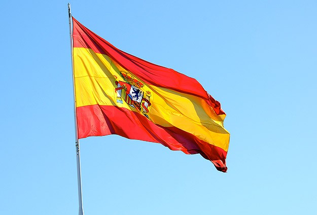 Spain draft law allows dual nationality for Sephardic Jews