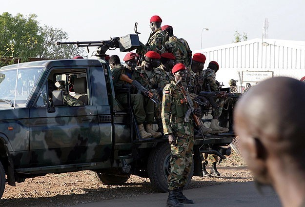 Army general defects to S. Sudan rebels