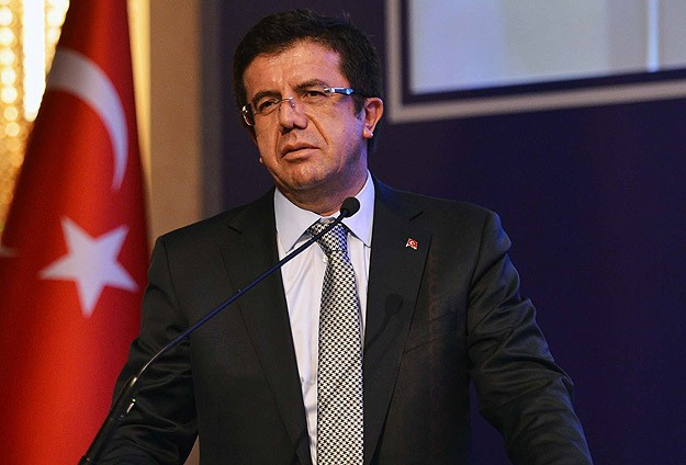 Turkey's economy minister slams Moody's rate cut