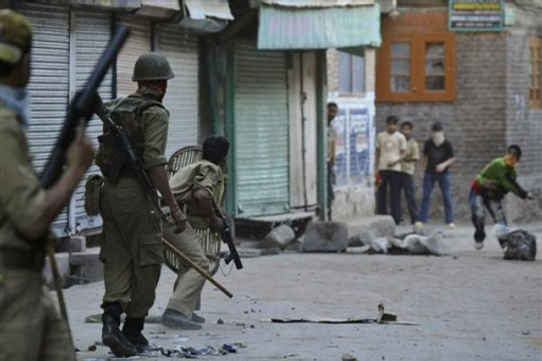 Two fighters killed by troops in Kashmir