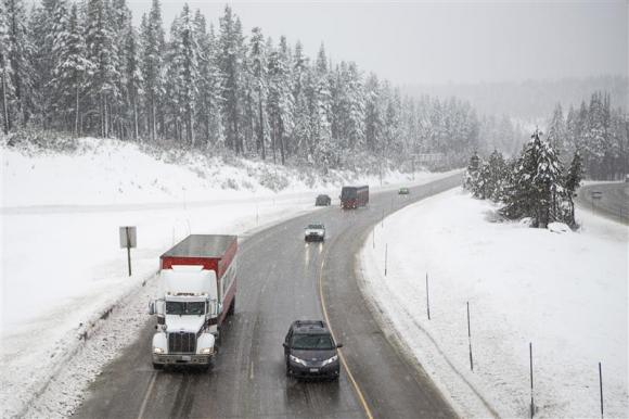 Deadly snow storm takes aim at US South