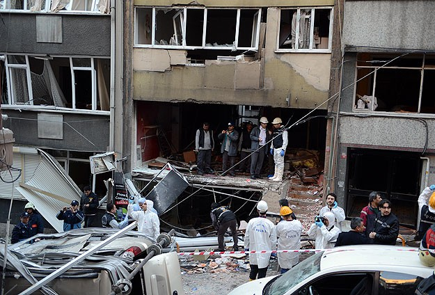 Istanbul blast caused by bottled gas, says governor