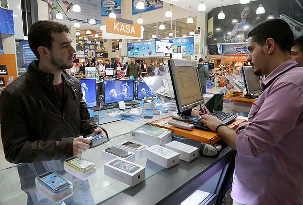 Turkey's locally-produced cell phones at all time high