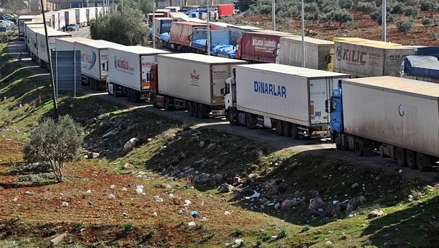 Truck by truck, Israel builds trade gateway to Arab world