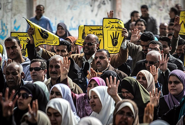 Anti-coup bloc says talks possible after Egypt elections