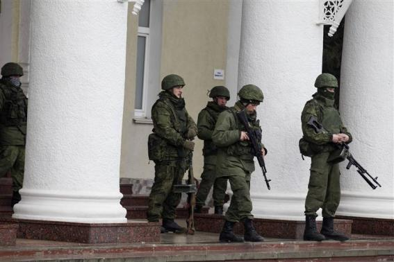 France, Britain, Germany voice alarm over Crimea situation