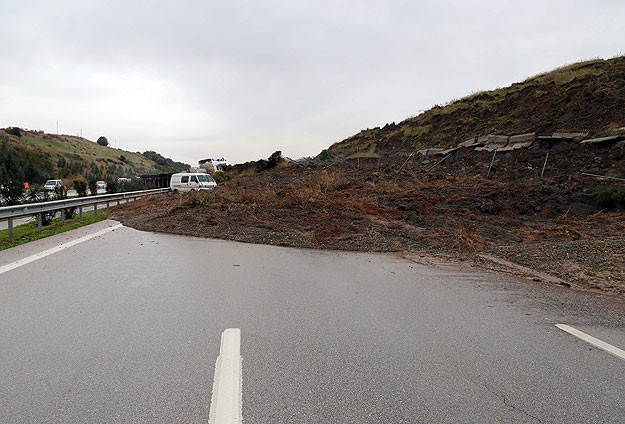 Another body found in US mudslide as fears grow for missing