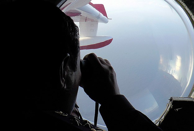 Black box 'ping' detected in search for missing Malaysia jet